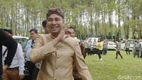 Raffi Ahmad yang bertugas menjadi wali dalam pernikahan sang adik. Foto: Pernikahan Syahnaz (Noel/detikHOT)