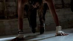 Dengan tagar Fitness Friday, aktris kenamaan Halle Berry membagikan rutinitas olahraganya untuk tetap kencang dan fleksibel di usia 51 tahun.