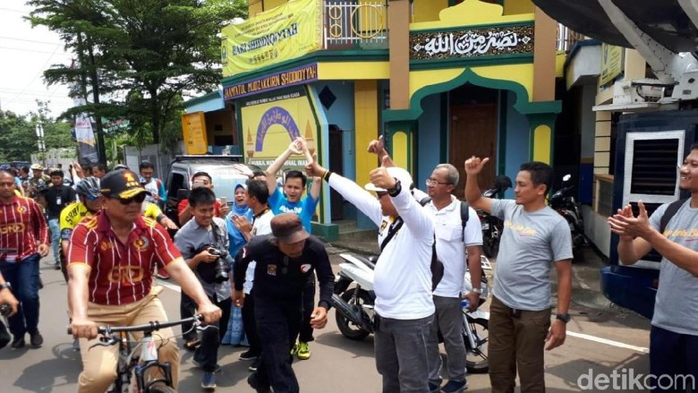 Canda Prabowo Pilih Bersepeda Bareng PKS Dibanding ke Dokter Gigi