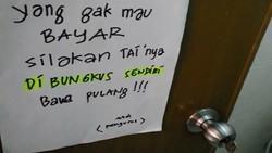 Pernah menemukan tulisan-tulisan kocak ini? Bukan cuma kocak, tapi juga bisa menyadarkan orang untuk menjaga kebersihan.