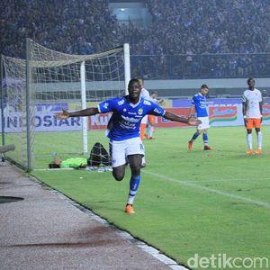 Bisa Bobol Gawang Bhayangkara FC Lagi, Ezechiel NDouassel?
