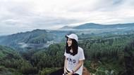 Pilot Cantik Tania dan Destinasi Indonesia