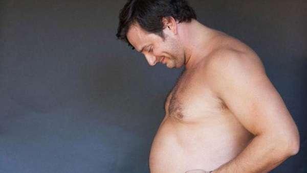 Lucu! Ditolak Istri, Pria Ini Buat Foto Maternity Sendiri