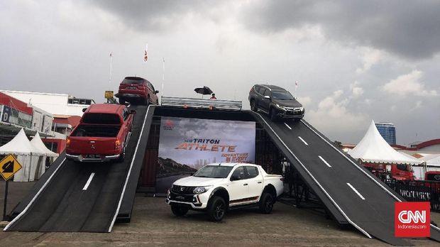Capai 1.772 Unit, Pajero Sport Kejar Xpander di IIMS 2018