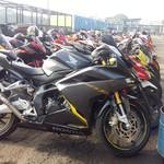 Lapangan Parkir Sirkuit Sentul Jadi Lautan Honda CBR