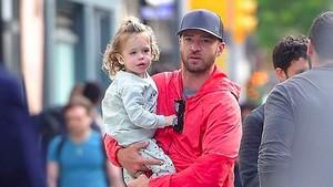 Potret Super Cute Silas, Anak Justin Timberlake dan Jessica Biel