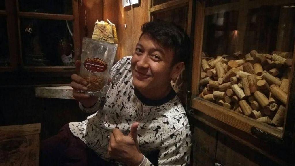 Rujak Cireng hingga Shabu-shabu Jadi Makanan Favorit Dimas Anggara