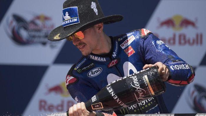 Maverick Vinales mengaku memang tak mencoba mengejar Marc Marquez di MotoGP Austin (Foto: Getty Images)