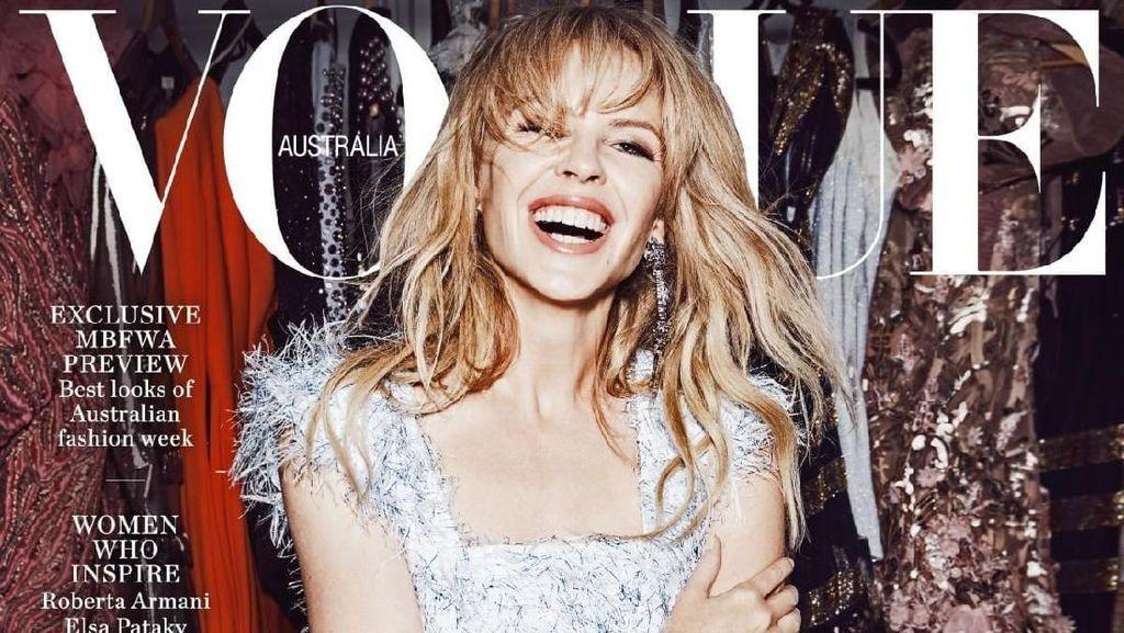 Pose Seksi Kylie Minogue dalam Majalah Vogue di Usia 50
