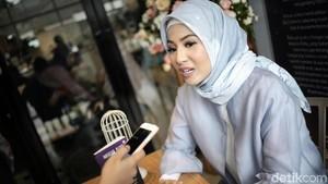 Natasha Rizki Ajak Anak-anak Rehabilitasi RSCM Nobar