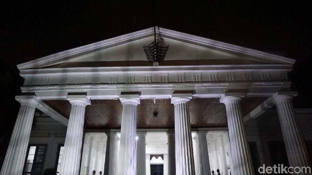 Keliling Museum Nasional di Malam Hari, Seru atau Ngeri?
