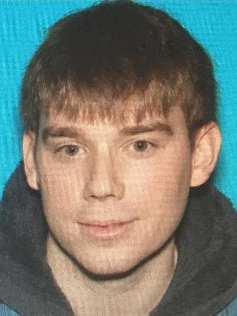 Polisi Buru Pria Bugil Penembak Mati 4 Orang di Nashville