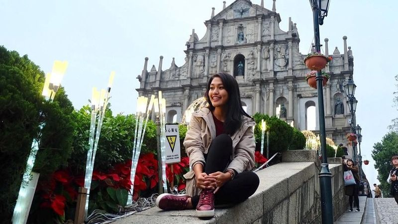 Melinda Alfred merupakan pilot perempuan yang bekerja di Garuda Indonesia. (melindalfred/Instagram)