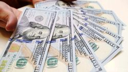 Dolar AS Ngamuk Lagi, Rupiah Ditekuk ke Rp 14.035