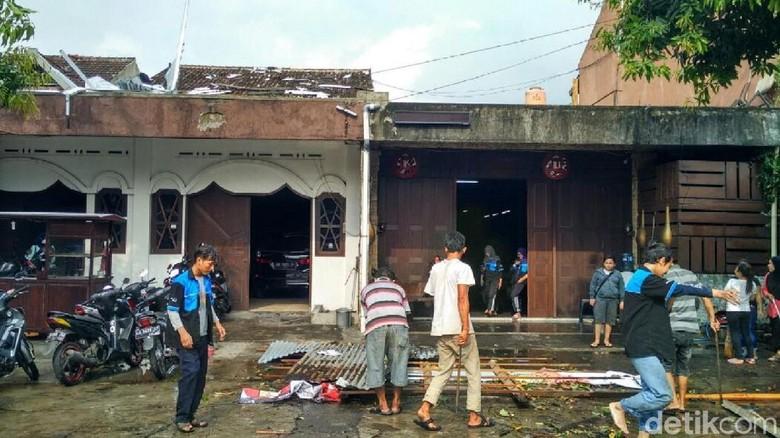 Jumlah Rumah Rusak akibat Puting Beliung di Yogya Tambah Jadi 162