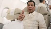 Kontroversi Duterte: Cium Wanita, Tantang Buktikan Tuhan Ada