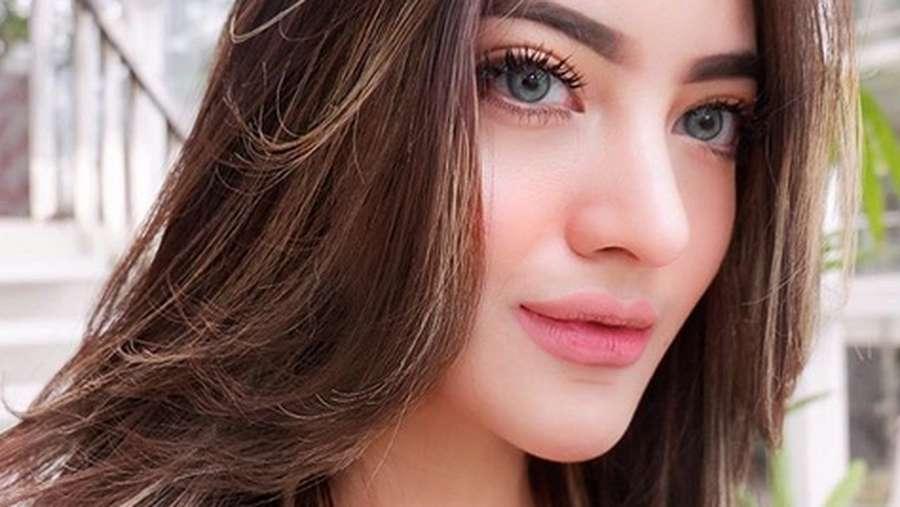 Tanaya, Teman Dekat Al Ghazali yang Cantiknya Bak Barbie