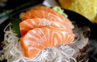 Ini 4 Cara Sederhana Untuk Menegecek Kesegaran Ikan Sashimi