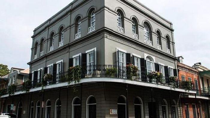 Dia juga membeli apartemen berhantu, LaLaurie di New Orleans seharga US$ 3,4 juta. (Foto dok. Alamy)