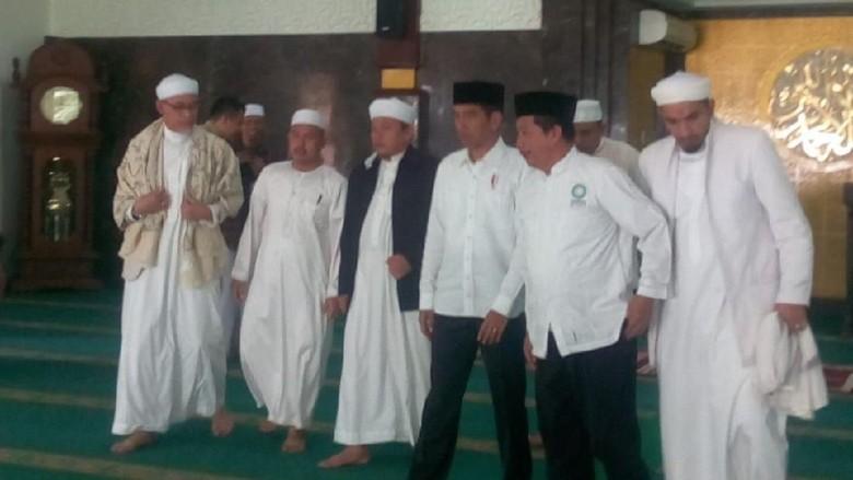 Jokowi Bertemu PA 212, Ini Kata Moeldoko