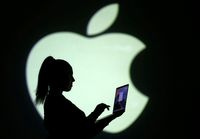 Apple Tertarik Ikuti Facebook Buat Uang Digital Libra, Tapi..