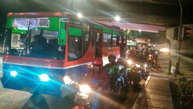 Situasi lalin di Simpang Pancoran