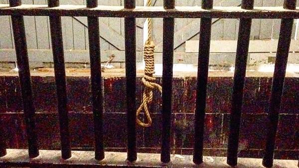 Bukan hanya penjara biasa, tempat ini adalah kurungan bagi narapidana kelas kakap. Bahkan di lantai paling atas tersedia ruang eksekusi bagi tahanan. (atrethewy/Instagram)