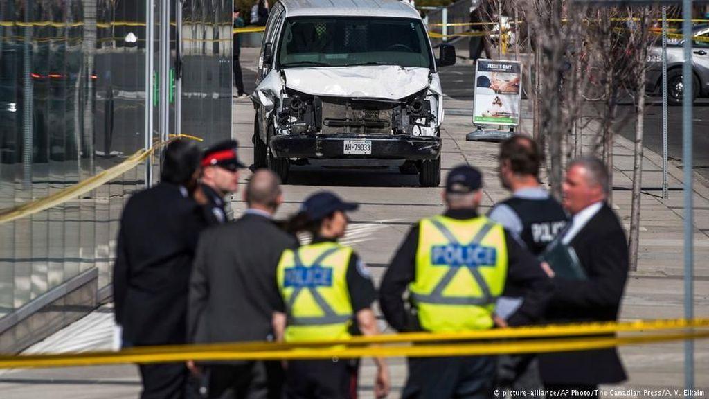 Polisi Belum Temukan Motif Pelaku Serangan Mobil Van di Toronto