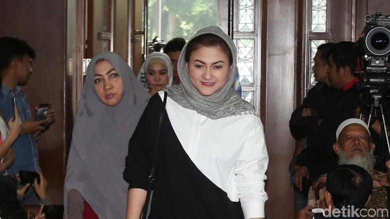 Istri Setya Novanto Jadi Saksi Sidang e-KTP