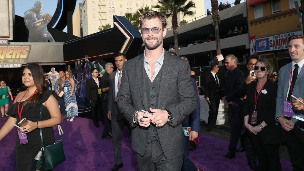 Penampilan Perdana Chris Hemsworth untuk Men in Black
