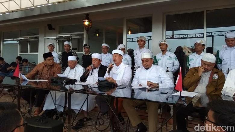 Momen Persaudaraan Alumni 212 Jelaskan Isi Pertemuan dengan Jokowi