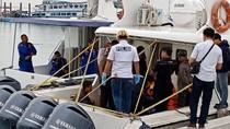 Labfor Bawa Amplop Berisi Barang Bukti di Kapal Dishub yang Meledak