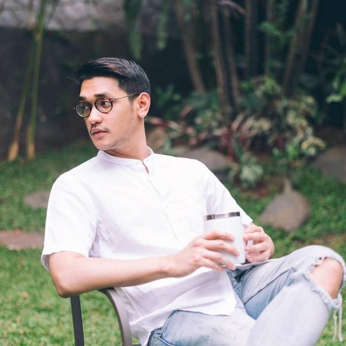 Afgansyah Reza atau Afgan merupakan seorang penyanyi sekaligus pencipta lagu asal Jakarta, yang memiliki ciri khas lesung pipinya yang manis. Foto: Istimewa