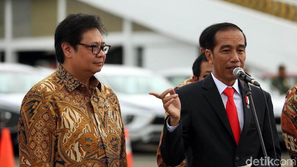 Peringati Hari Puisi Nasional, Jokowi Posting Video Baca Puisi