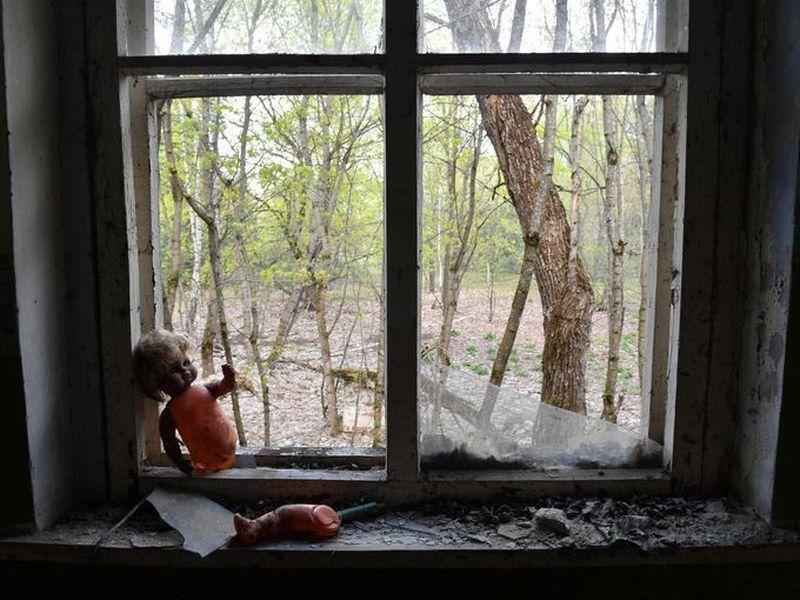 Tepat 26 April 1986 atau hampir 32 tahun silam, reaktor nuklir Chernobyl di Ukraina bocor dan menyebabkan salah satu musibah nuklir terburuk dalam sejarah (Sergei Supinsky/AFP)