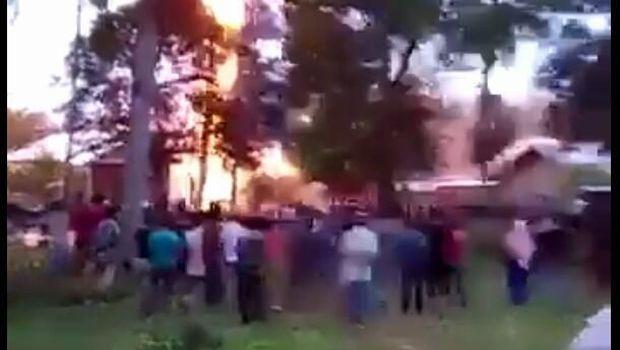 Kebakaran sumur minyak di Aceh Timur