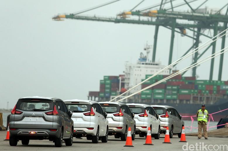 Ekspor Mitsubishi Xpander. Foto: Rengga Sancaya