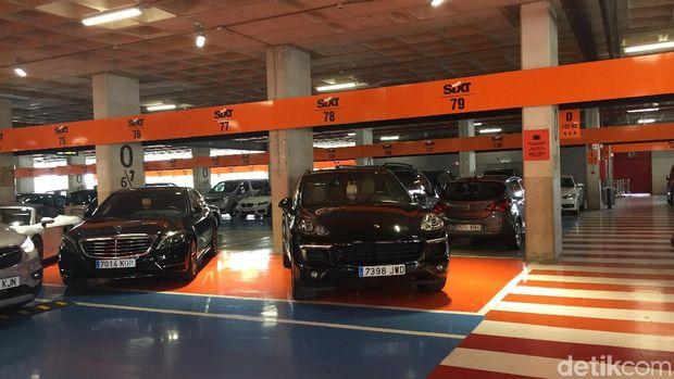 Mobil sewaan di bandara Mallorca, Spanyol