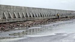 Pertama di RI, Jalan Tol akan Dibangun di Atas Tanggul