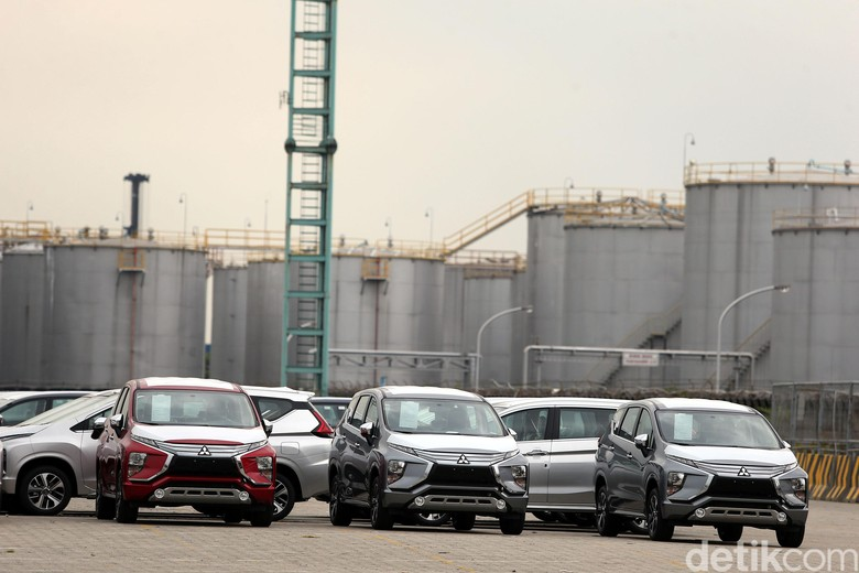 Mitsubishi Xpander saat akan diekspor. Foto: Rengga Sancaya