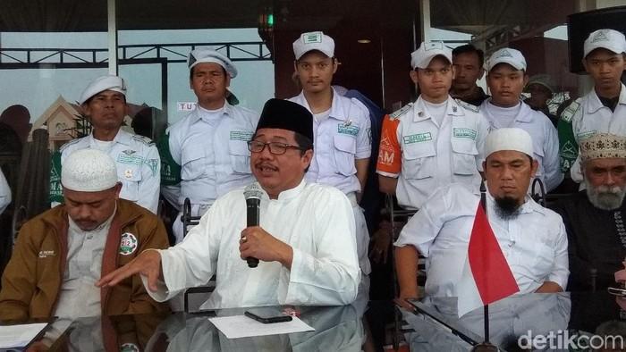 Tim 11 PA 212 menjelaskan soal pertemuan dengan Presiden Jokowi. (Yulida Medistiara/detikcom)