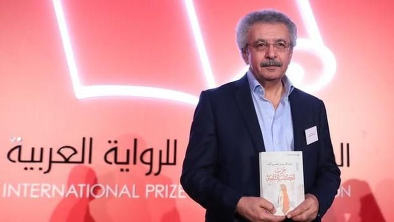 Novelis Palestina Raih Penghargaan Fiksi Arab Terbaik