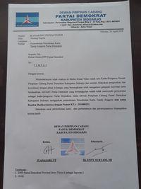 Surat pemecatan Rendra /