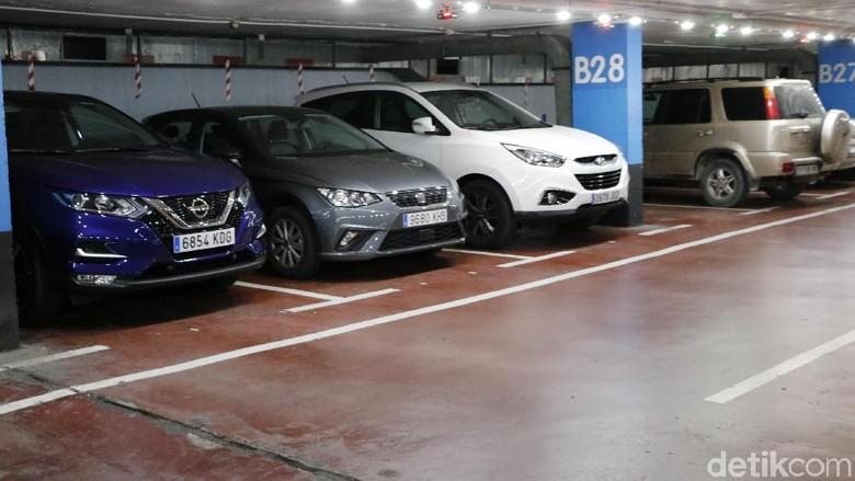 Parkiran mobil bawah tanah di Mallorca, Spanyol (Foto: Dadan Kuswaraharja)