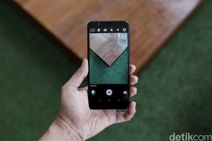 Asus Zenfone Max Pro generasi pertama yang akan memiliki penerusnya. Foto: Muhammad Ridho