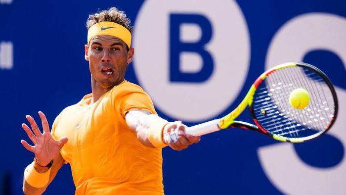 Rafael Nadal lolos ke babak ketiga Barcelona Terbuka (Foto: Alex Caparros/Getty Images)