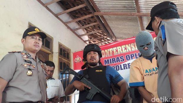 Datangi Home Industry Arak di Tuban, Kapolda: Ini yang Terakhir