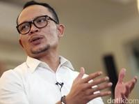 Jokowi Bikin Tim Pemburu Pekerja Asing Ilegal