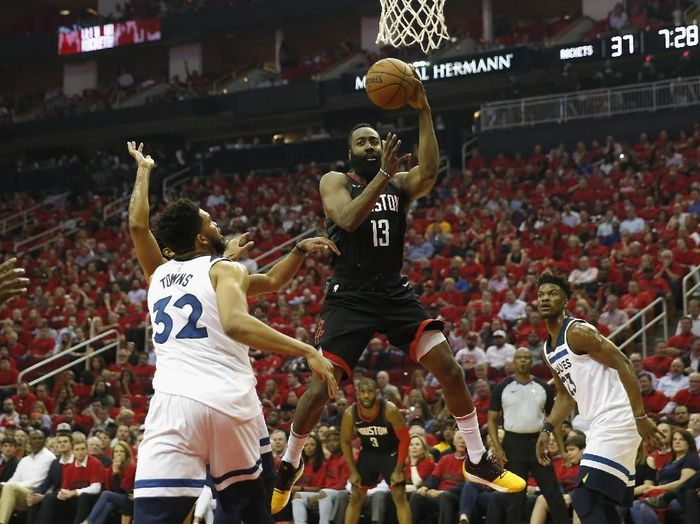 Houston Rockets ke semifinal Wilayah Barat NBA. (Foto: Tim Warner/Getty Images)