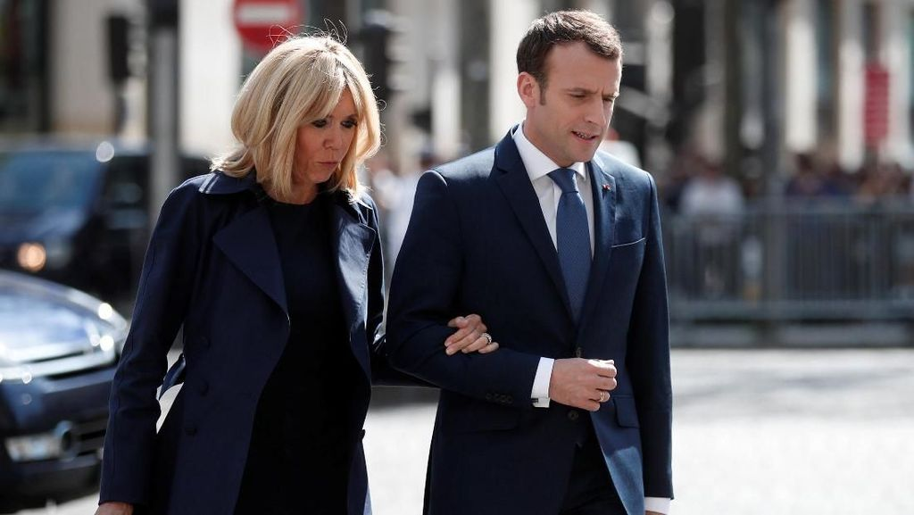 Ajudannya Pukul Demonstran, Presiden Prancis Dikecam